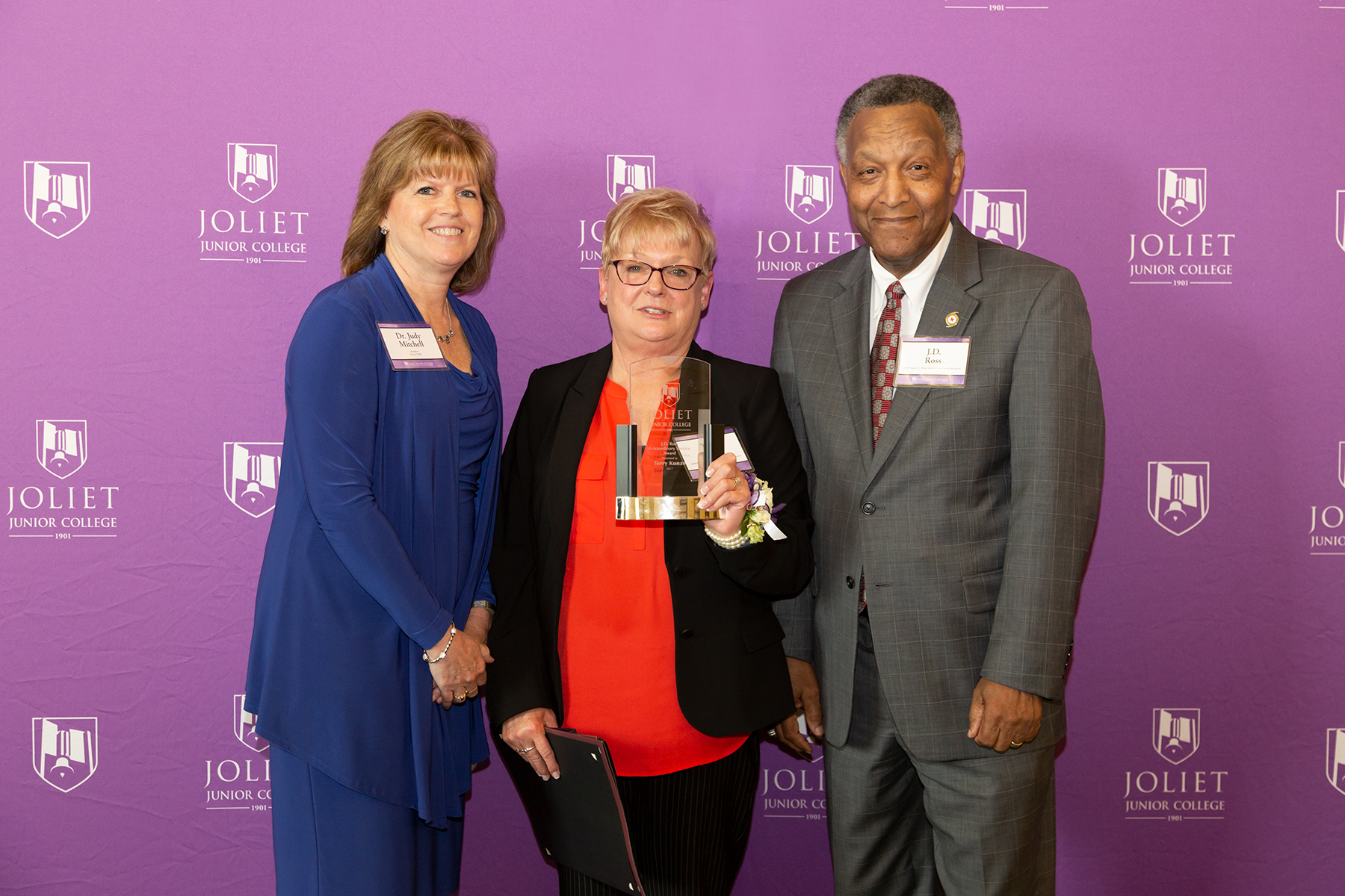 From left: JJC President Dr. Judy Mitchell, Terry Kunze (J.D. Ross Extraordinary Service Award recipient), and JJC President Emeritus J.D. Ross