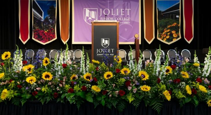 Masthead - graduation flowers
